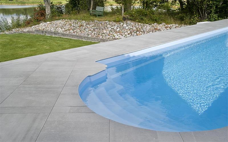 Bricmate Limestone Light Grey Poolside Step 297x596 mm